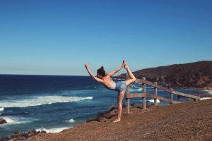 Lengthen & Stretch master, Dani Loxton